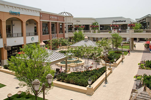 Short Pump Town Center Experience