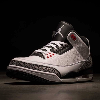 Cop the Jordan Retro 3 ! at Finish Line